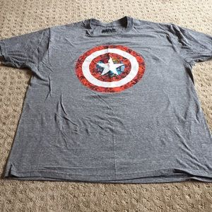 Men's captain America shirt
